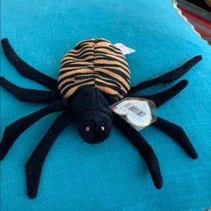 Beanie Spinner spider #4036 great for Halloween